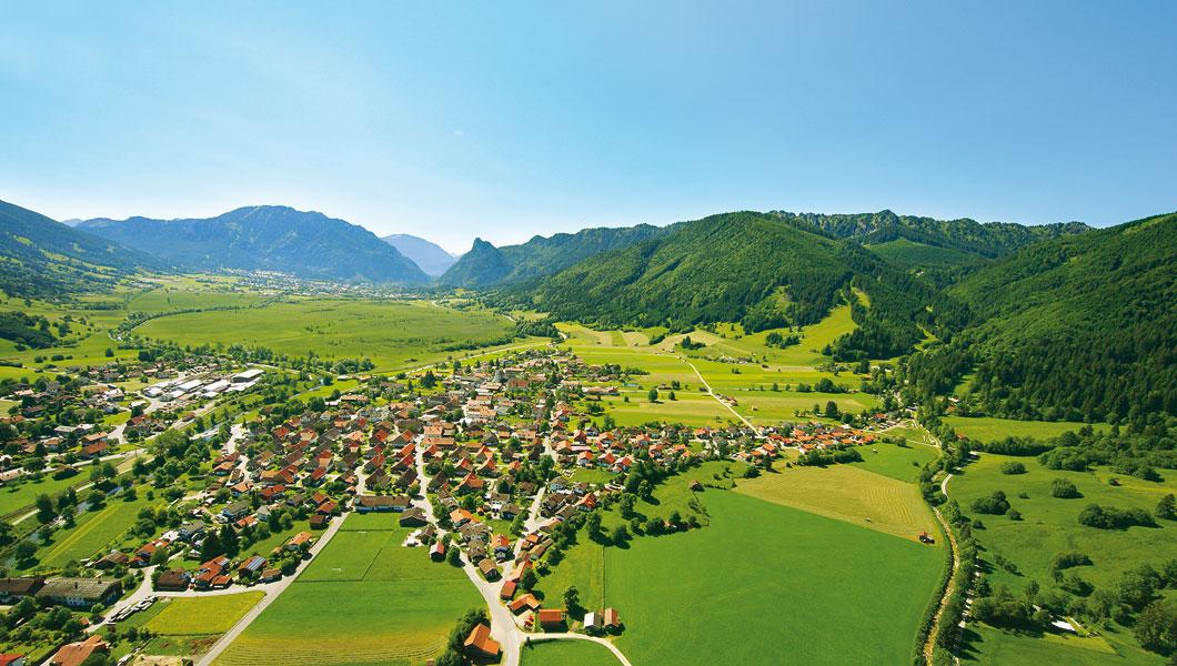 https://www.fdu-ugau.de/wp-content/uploads/2020/01/landschaft-sommer-005-unterammergau.png